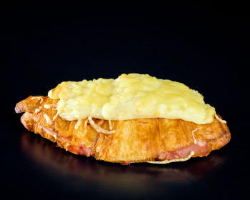 Croissant au jambon